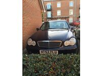 Mercedes C220CDI CLASSIC AUto ,diesel car 24/1/2003 for sale £650 will negotiate