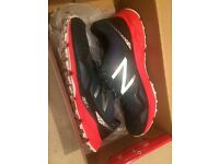 New Balance - 910 Men's Running Shoes (black/red) - Size 10 UK / 44.5 EU - BRAND NEW