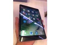iPad mini 2 16gb wifi 9.7 inch black excellence condition