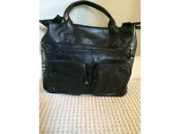 Like New Designer Valentino 100% leather tote bag RRP £450, SELLING FOR £80