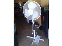 Like new - 'Fine Elements' Model no ES263 Oscillating Pedestal Fan