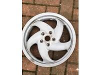 2 x gilera wheels