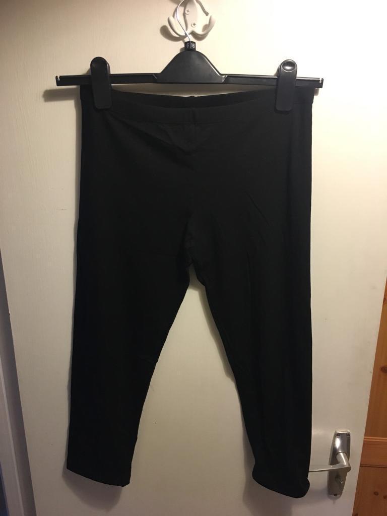 Women's leggings / Size Large (14) / Brand New