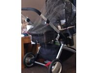 Baby pram only used 6 times paid 300 will accept 120 3 In one carry cot etc