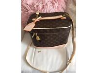 Louis Vuitton Make Up Vanity Case Used good Condition Comes With Key