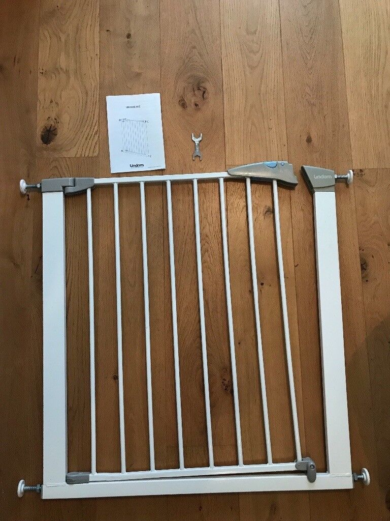 2 x lindam child safety gate with instruction booklet | in harrow.