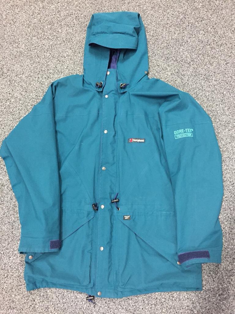 Berghaus Gore-Tex Protection Jacket. GoreTex. Hiking And Walking.