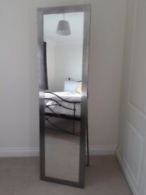 Mirror- Free standing metal frame great condition