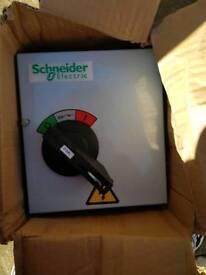 SCHNEIDER 20a Twinbreak ISO