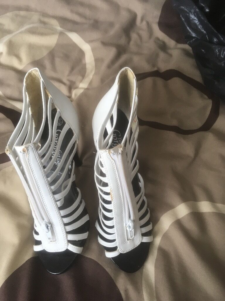 Sandal shoes size 3in Wallsend, Tyne and WearGumtree - Ladies / girls white sander shoes , new look , worn twice , collection only £1.00