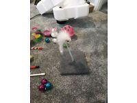 Bundle of cat toys / accessories