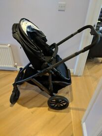 UPPAbaby Vista FULL Travel System in Jake Black - Very Good Condition