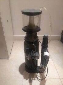 skimmer, external pump, UV Steriliser