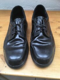 Size 8/42 steel toe cap safety shoes