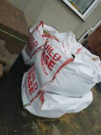 2.5 bags of ballast sand