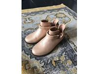 Girls Zara Kids boots. Brand new with tags - size 10.5 / 28