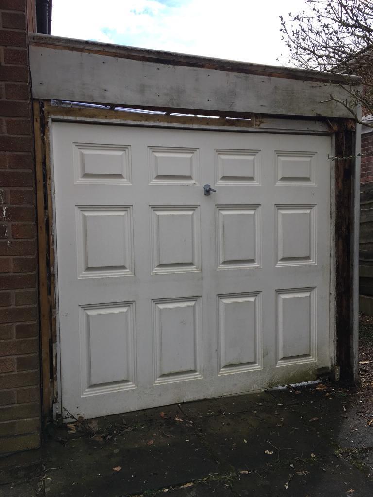 Garage Door Free Collection M22 Peel Hall In Manchester Gumtree