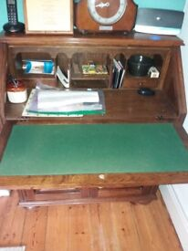 Writing desk/bureau