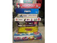 Bundle of board games & jigsaws (Monopoly, Zelda, trivial pursuit etc)