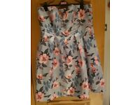 Ladies Chi Chi London - Grey Formal / Party / Prom 'Chelle' floral print plus size dress Size 22