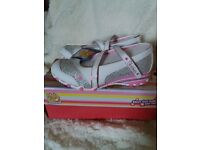 girls skecher's shoes new