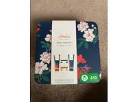 Joules body gift set