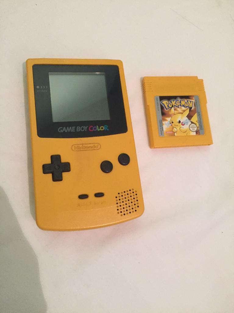 Gameboy color and pokemon yellow - Game Boy Color With Pokemon Yellow Nintendo Original