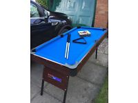 5ft pool table with accessories, in excellent condition