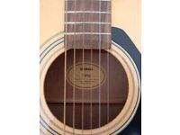 YAMAHA F310 ACOUSTIC GUITAR - EXCELLENT CONDITION, PERFECT FOR BEGINNERS!