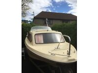 Boat for Sale Cabin Cruiser (4 berth) 18ft - with electric Suzuki outboard and trailer