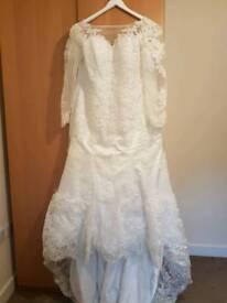 wedding dress size 12 14