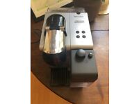 Delonghi EN520.W Nespresso + Lattissima + Coffee Maker BLACK