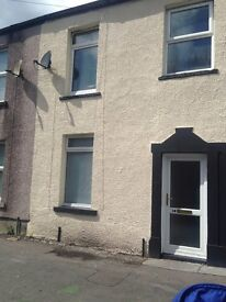 RELISTED: Morriston town centre. 2 bed cottage-style unfurnished.
