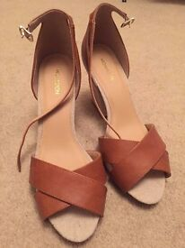 Brown Shoes Monsoon, size 6 worn once