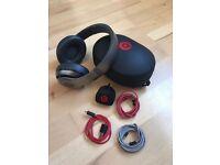Dr Dre Beats Studio 2.0 headphones