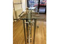 HGH END STAND ALONE RETAIL SHOP FITTING. (CLOTHES DISPLAY UNIT, RETAIL FURNITURE)