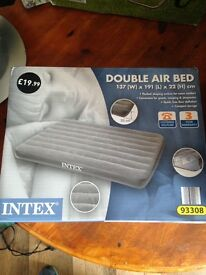 Double camping air bed