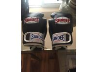 Kids leather boxing gloves