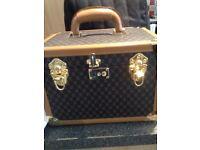 REDUCED - stylish vanity case