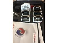 QuizDom Interactive Audience response system quiz machine (five remotes)