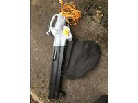 Titan leaf blower/vac (2800w)