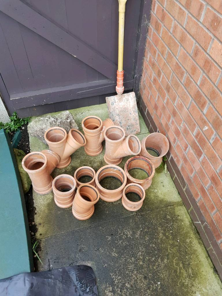 Drainage fittings with bulldog insulated shovel