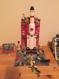 Lego City space centre 3368
