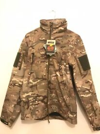 COMPLETELY NEW AND UNUSED CAMOUFLAGE WATERPROOF JACKET SIZE SMALL | MILITARY