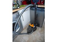 dyson 19 vacuum cleaner with tools