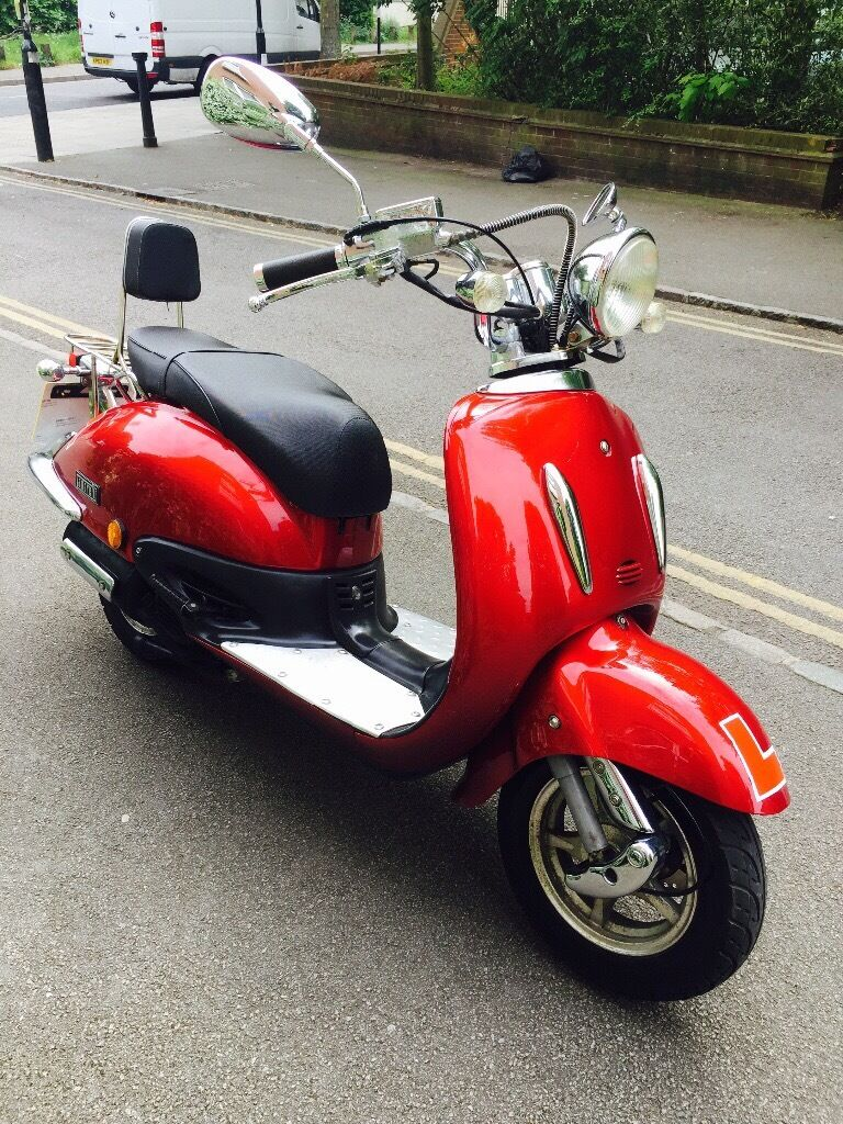 2009 TAMORETTI RETRO 125cc MOPED WORKING ONLY £750
