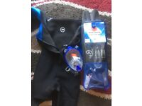 Medium wetsuit 2 snorkels, flippers and gloves