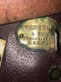 18 inch English saddle