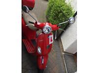Piaggio Vespa LX125 Red 2011 £1450 ono
