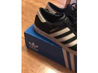 Men's adidas black trainers Hamburg size 9.5